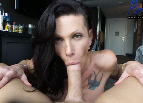 Lesbian seduction of roommate